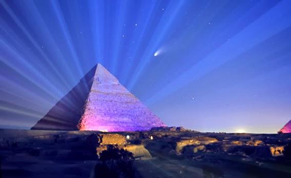 I fisici: la Piramide di Cheope concentra energia, un modello per future celle solari. Bizzi: l'ombra di Atlantide dietro tante piramidi