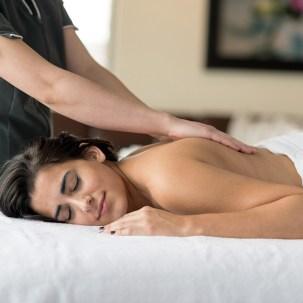 1x1-invigorating-massage-oil ravintsara