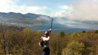 Dopo i diluvi universali, finalmente un bella giornata di sole in un posto eccezionale! Bellissime piazzole con vista panoramica sul Lago Maggiore.