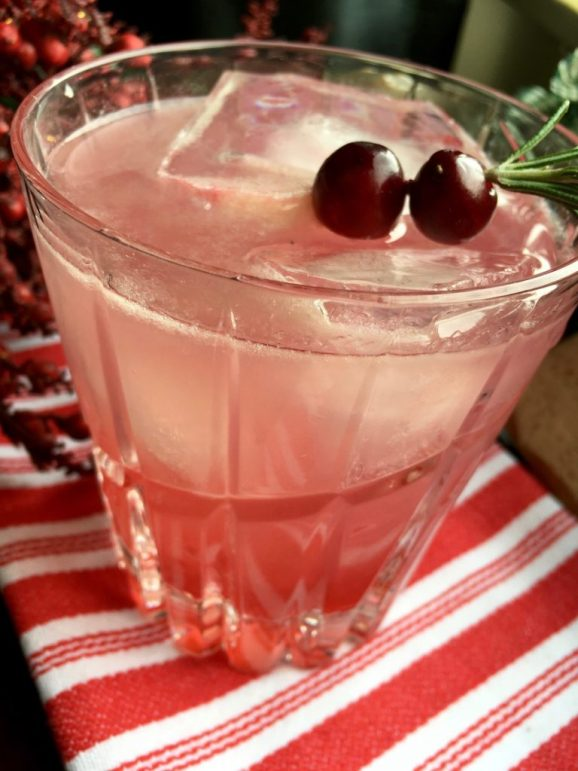cranberry cocktail, christmas drink