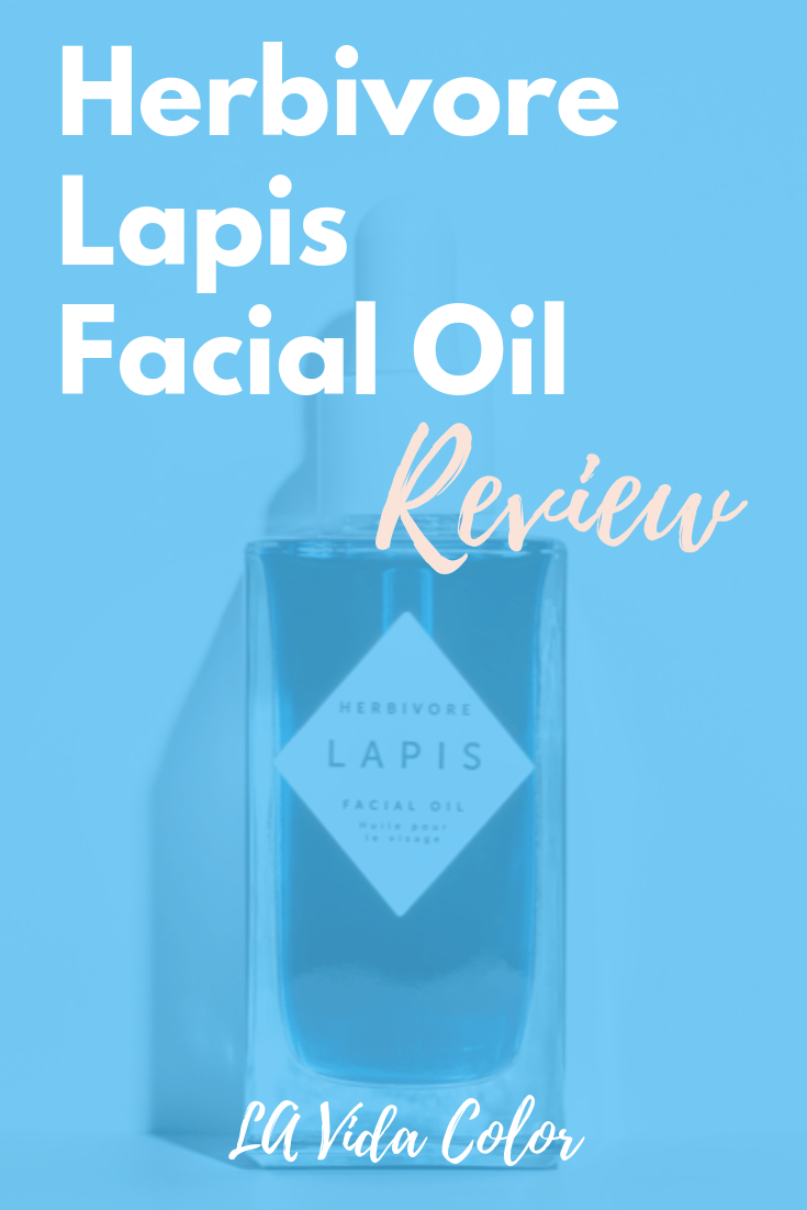Herbivore Botanicals makes amazing, natural skincare products like the Lapis Facial Oil. It\'s wonderful for oily and acne prone skin. Check out this review to find out more! #herbivorebotanicals #facialoils