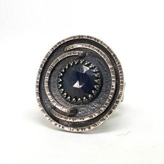 Sapphire ring2