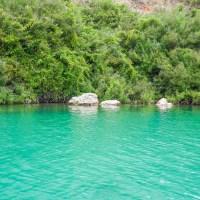 In a haunted lake in Crete (En)