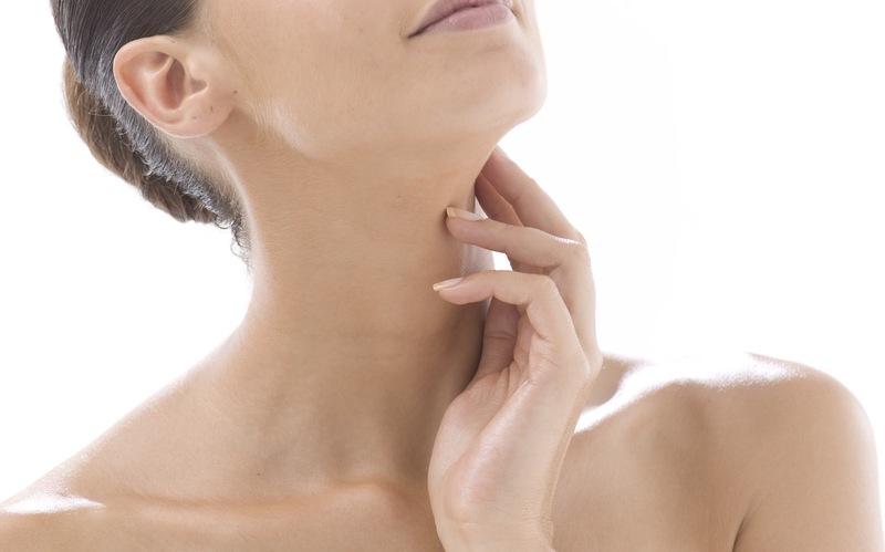 chăm sóc vùng cổ và ngực hieu qua