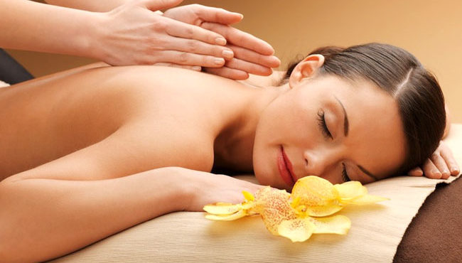 Massage Tinh Dầu Chuyên Sâu