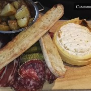 La taverne des rois – Camembert roti et charcuterie