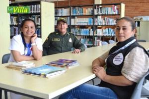 María Fernanda contó con el acompañamiento de la Biblioteca de Ubaté y la Policía de Infancia y Adolecencia, los organizadores del concurso en Ubaté. La Villa.