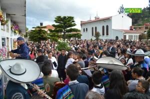 Cientos de personas acompañaron a Yeimy Andrea. La Villa
