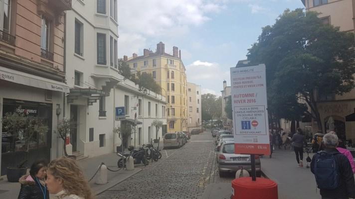 Aménagements de nouveaux doubles sens cyclable: bravo au Grand Lyon pour la communication