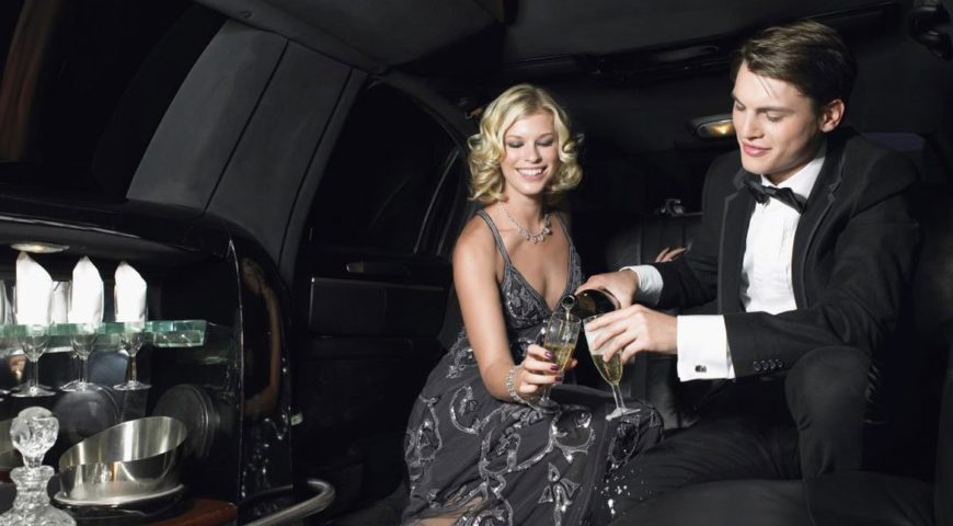 Revive years of togetherness in peerless manner riding in iconic limousine