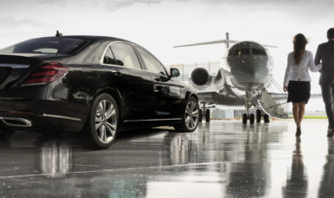 This is how a limousine can provide you a punctual airport transfer