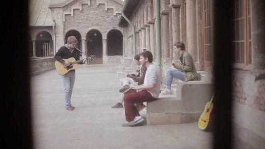 La Vitrola.cl: Sn. Tropez – Lluvia de color