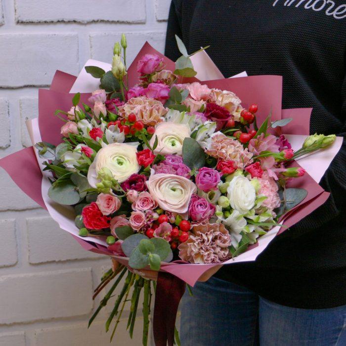 Доставка цветов в Уфе