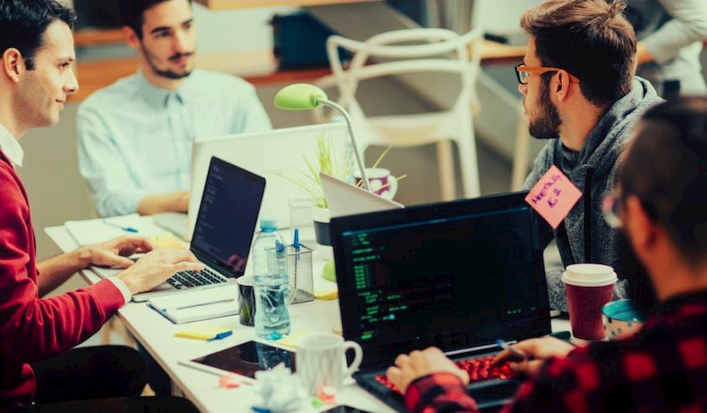 Как нанять разработчиков и управлять командой во время изоляции