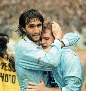 Con la maglia della Lazio, l'esultanza con Paul Gascoigne