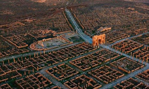 Resultado de imagen de Timgad-La ciudad perdida del Imperio Romano