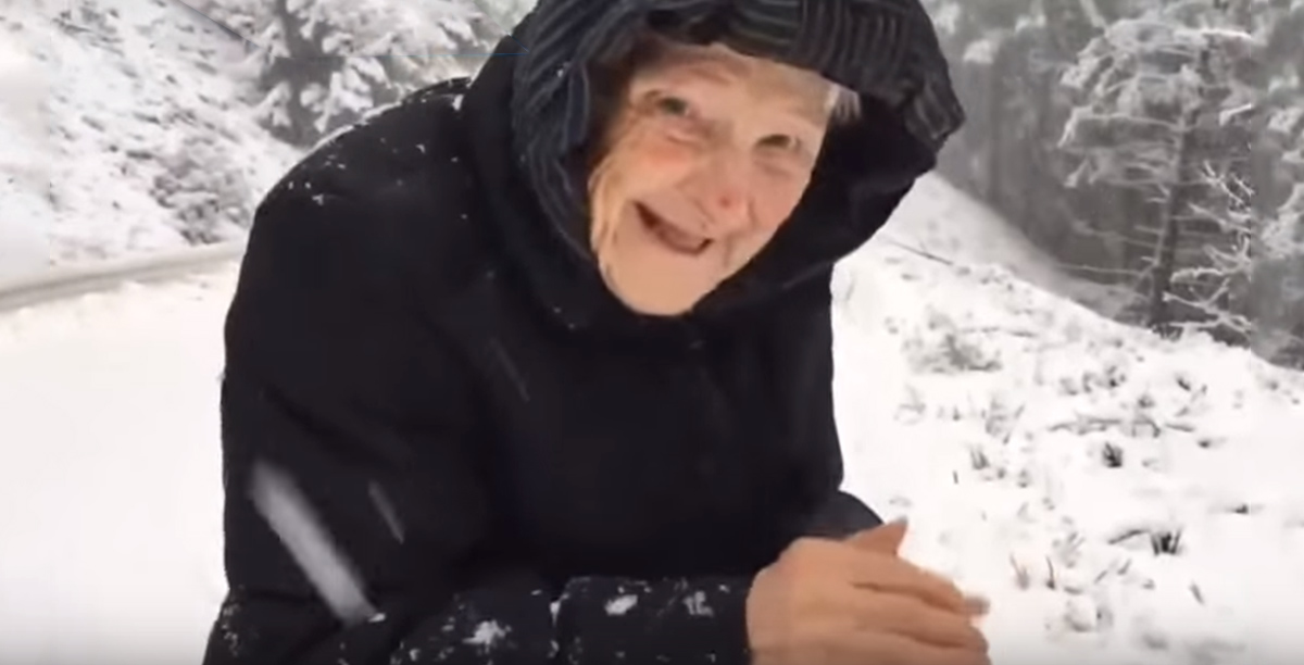 abuela-101-anos-nieve