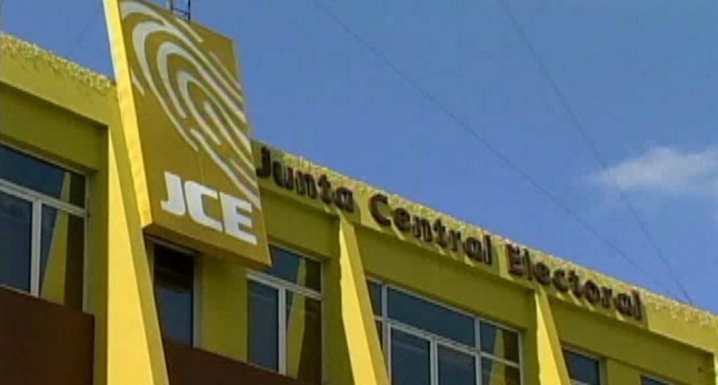JCE presenta calendario de actividades administrativas y plazos legales