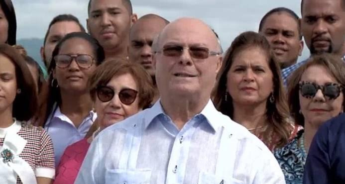 En el #PRM celebramos el cumpleaños del expresidente @hipolitomejia.