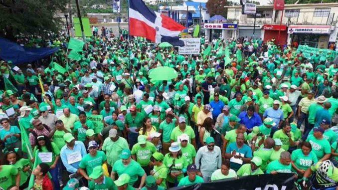 Video Marcha Verde se une en lucha contra alza de combustibles; piden excluir Procurador