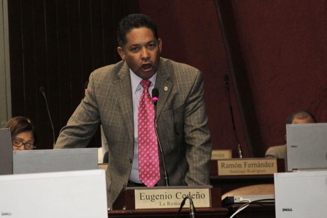Legislador dice hay RD$30 millones por cada diputado que apruebe reforma