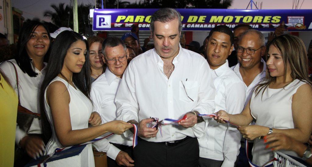 Abinader afirma el cambio no lo detiene nadie; inaugura local del PRM en Higüey