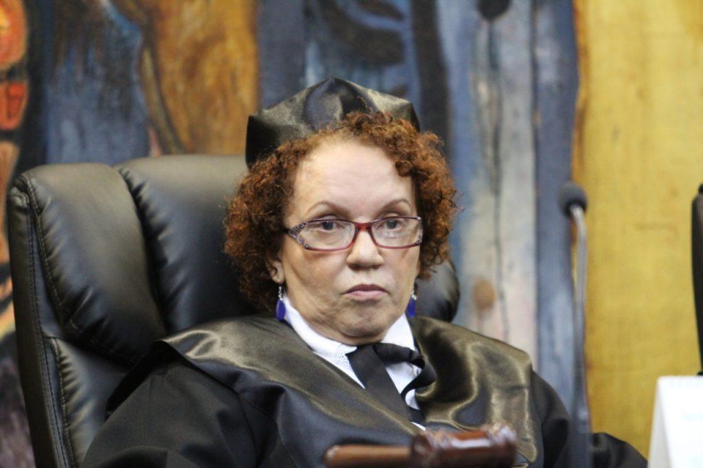 Miriam Germán desenmascara la trama perversa de la corporación en el poder