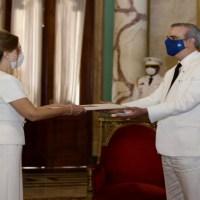 En Vivo: Pdte. @LuisAbinader recibe cartas credenciales de embajadores de Turquía y Panamá