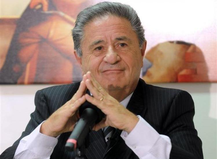 Eduardo Duhalde conducción