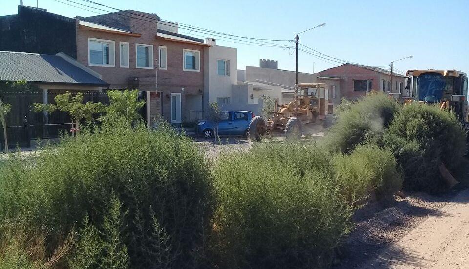 Otro fin de semana con un intensivo plan de limpieza y repaso de calles en todo Puerto Madryn