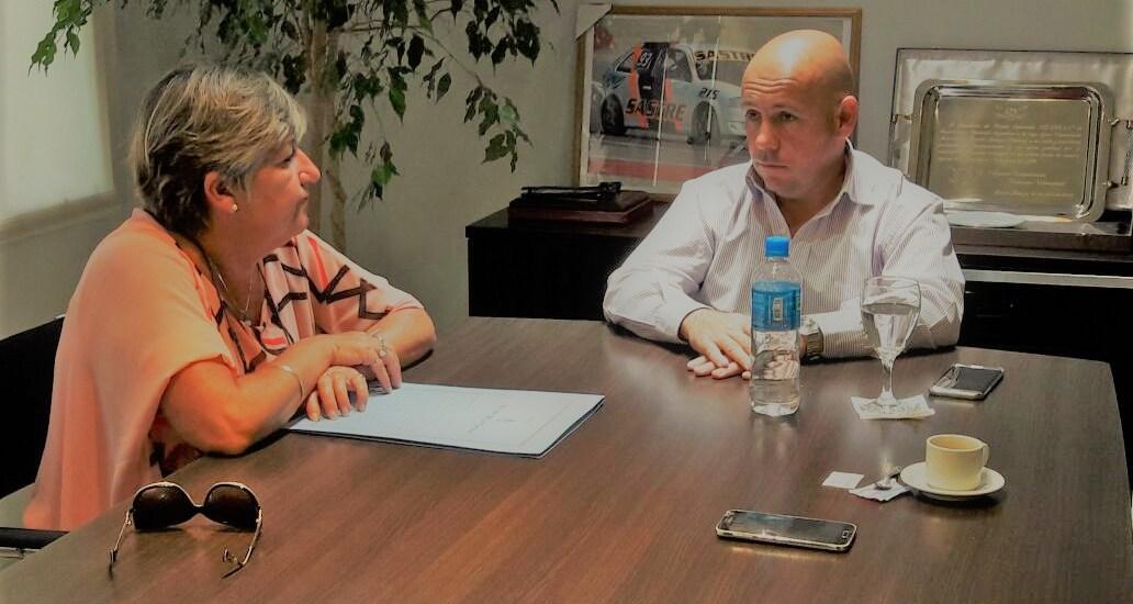 Sastre recibió a la Senadora Nancy González