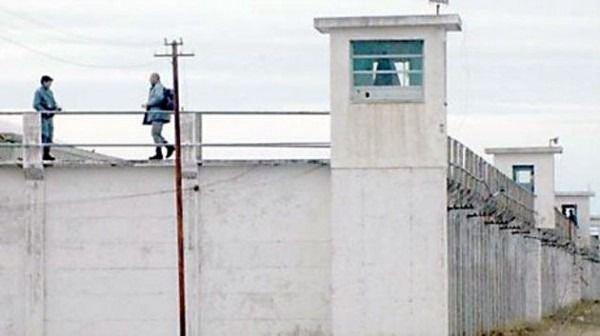 Enfrentamiento entre reclusos terminó con un asesinado y seis heridos en la unidad 6 de Rawson