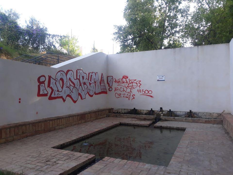 El Ayuntamiento denuncia un acto vandálico en la Fuente de la Muela tras su remodelación
