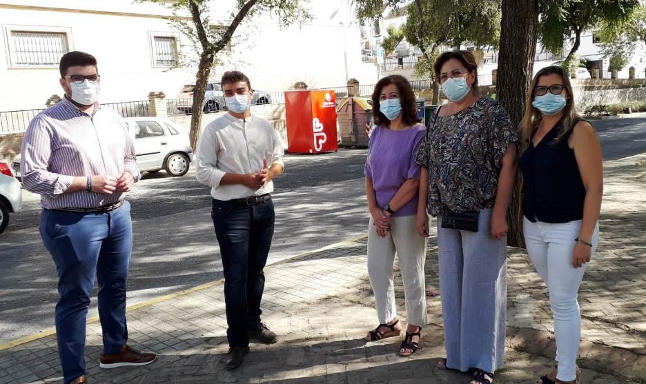 Los contenedores de Cáritas en El Viso han recogido en un año 70.000 kilos de ropa