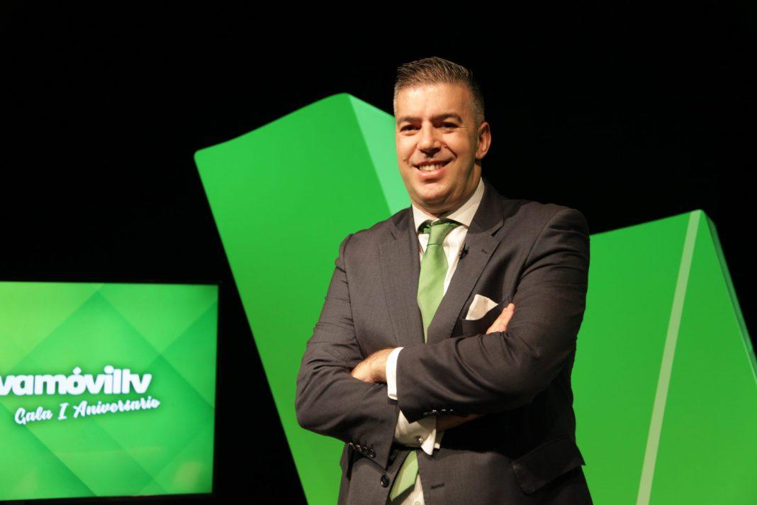 Fernando Casal, presentador de Alcalá Cofrade, asume la Dirección de Contenidos de Vivamóvil TV Alcalá de Guadaíra 2