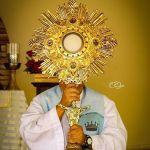 Jueves Eucarístico:Todo para vos. Sólo para vos. Yo soy para Dios.