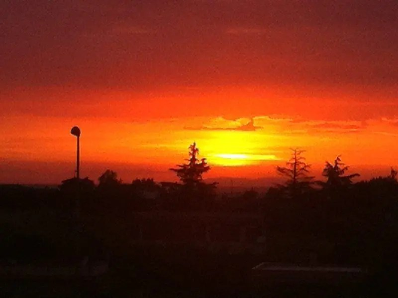 Puesta de sol sobre Roma vista desde Ciampino