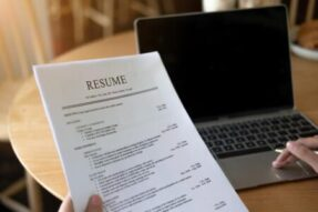 Resume & CV Maker   Get started in minutes to create a Resume online