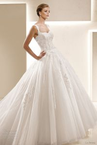 Glamour Wedding Dress - Architecture World