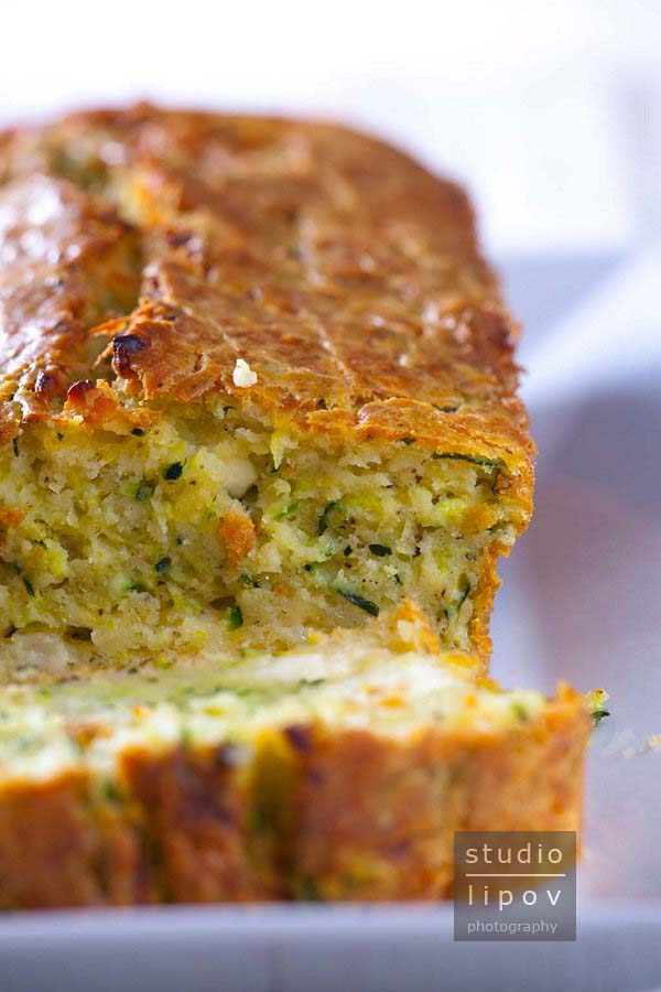 Chlebek z cukinii – cake aux courgettes.