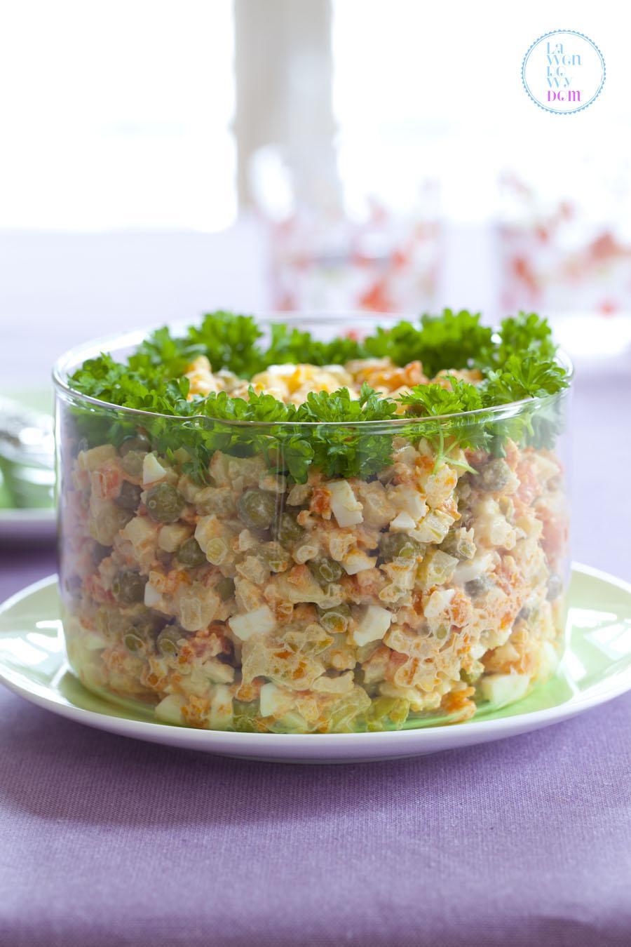 tradycyjna-salatka-z-majonezem_2