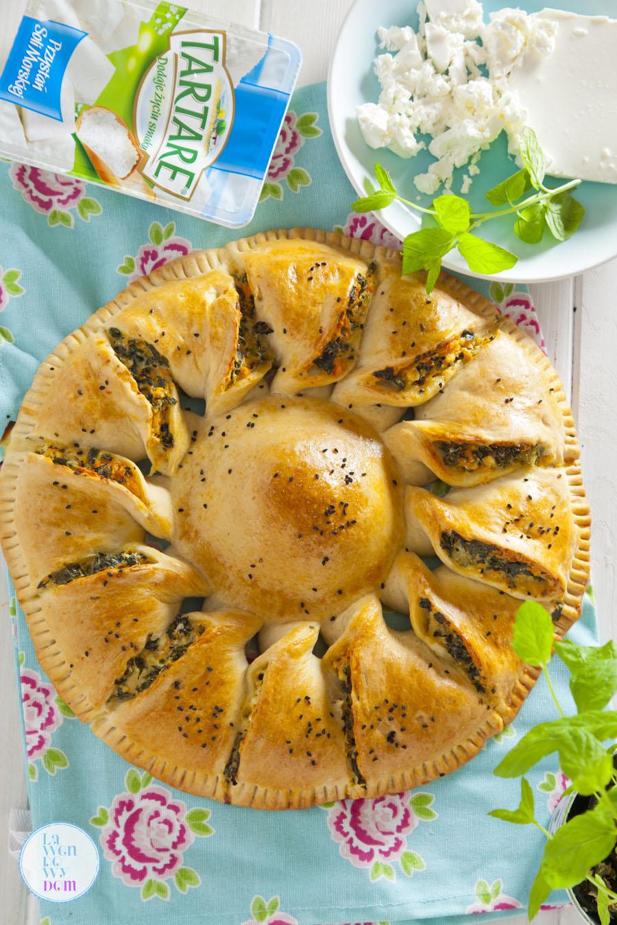 wegetarianskie-ciasto-z-jarmuzem-batatami-i-serem-tartar01