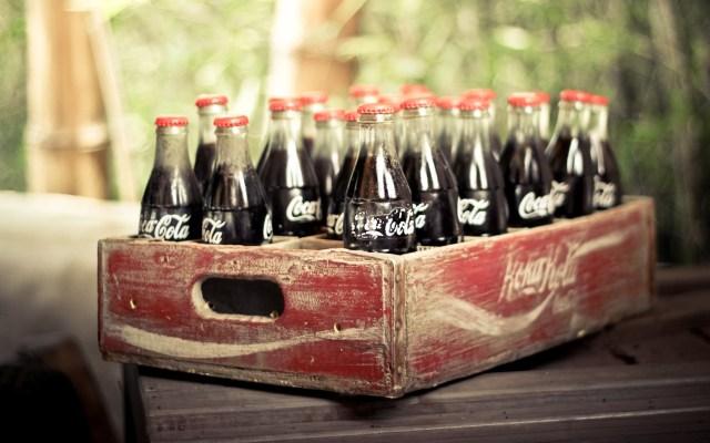 ws_Vintage_Coca-Cola_Bottles_1920x1200
