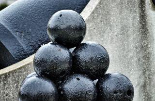 black and white cannonballs