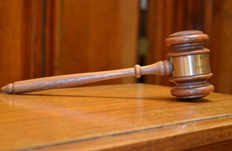 Judge's gavel_easyHDR_batch-natural