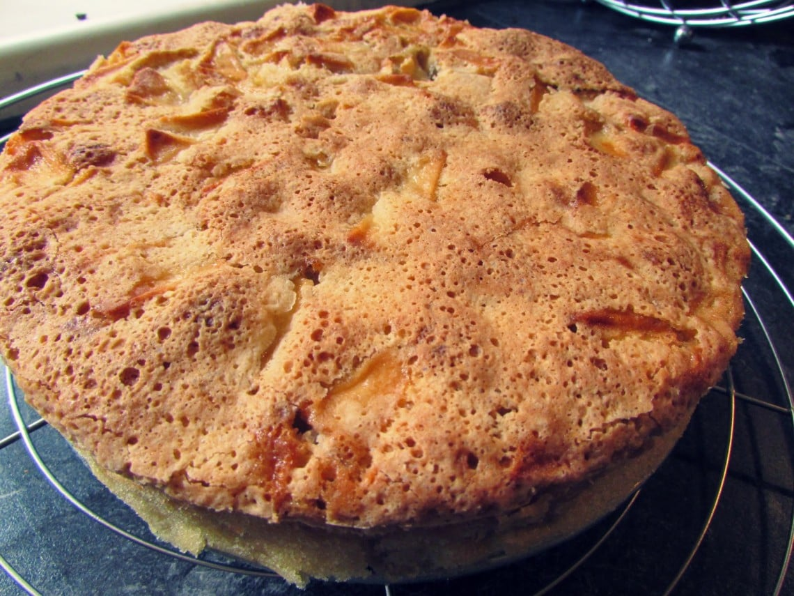 Kuchen Mit Vielen Eiern Шарлотка Apple Sharlotka Law Of Baking