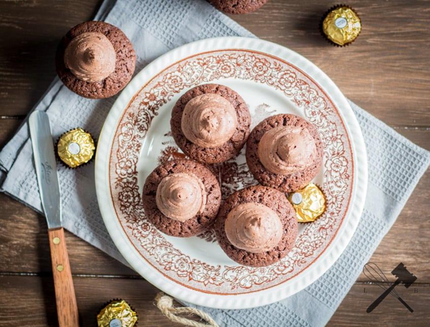 Chocolate-Ferrero-Rocher-Cupcakes