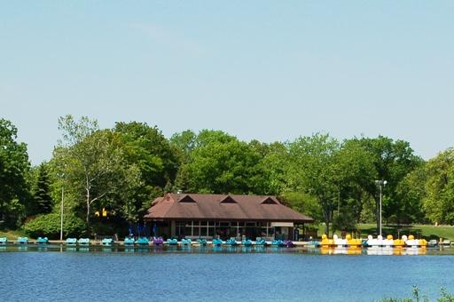 Kensington Metropark boat rental center