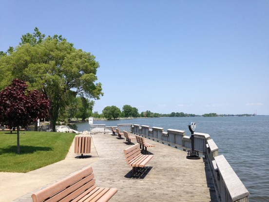 Viewing patio and picnic area at Maple Beach