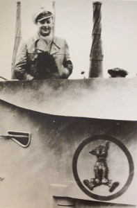 Högel was the first man to paint an insignia on his boat's conning tower; an image of Schnürzel that adorned U30 (Lemp posing above it)